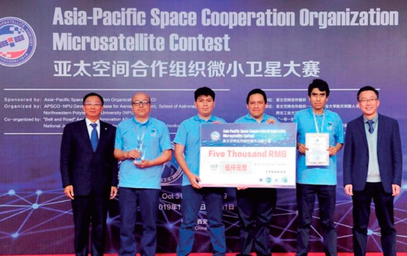 Egresado UNI forma parte de equipo peruano que ocupó podio en Concurso Mundial de Microsatélites